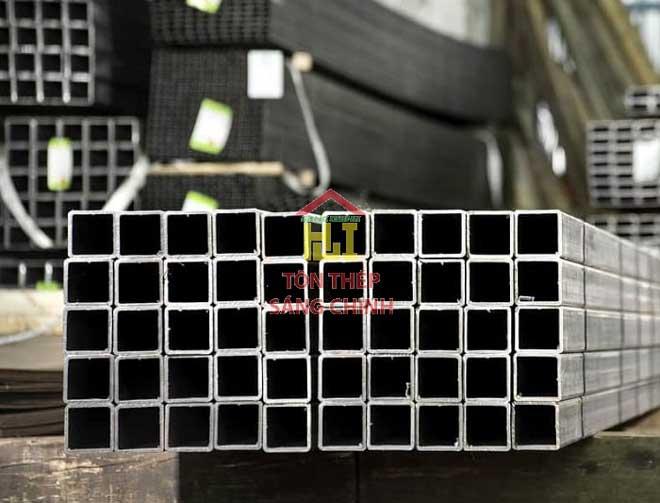 giá sắt hộp vuông 60x60
